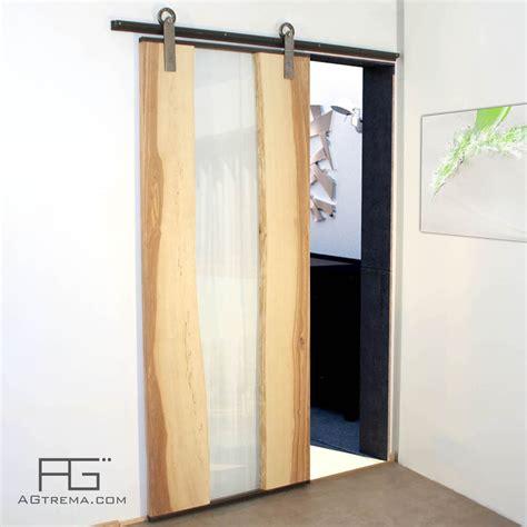 Porte Verre En Bois porte coulissante g 232 nus en bois live edge verre et acier