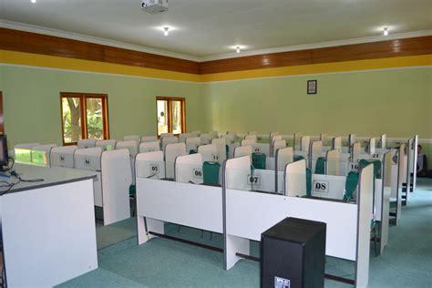 Meja Komputer Laboratorium lab bahasa laboratorium bahasa software lab bahasa