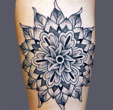 mandala tattoo newcastle plus de 1000 id 233 es 224 propos de tatoo sur pinterest paons