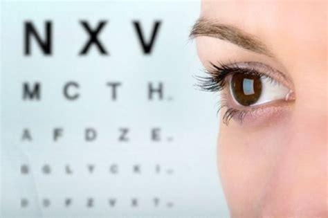 presbiopia test correggere la presbiopia con le lenti a contatto
