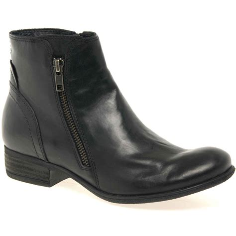 leather ankle boots with innovation
