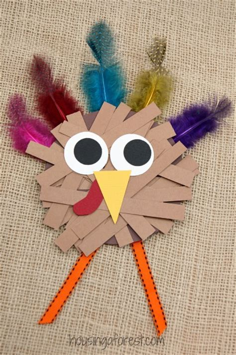 Easy Thanksgiving Paper Crafts - paper turkey craft housing a forest