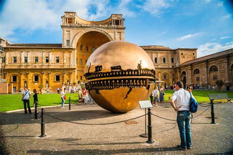 prezzo ingresso musei vaticani musei vaticani gratuiti ecco quando andare e cosa vedere