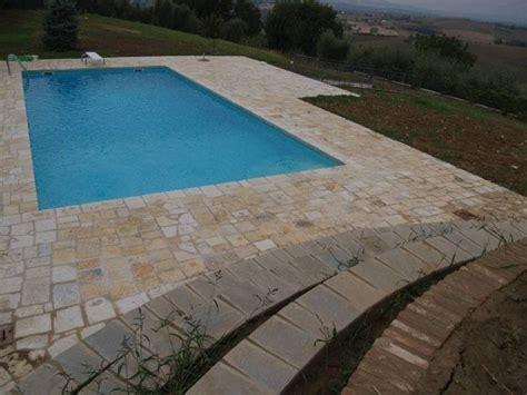 piastrelle per piscine prezzi pavimentazioni piscine pavimenti per esterni