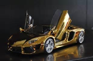 How Much Does A Lamborghini Cost In Dubai 7 3 Million Gold Lamborghini Aventador Awaits New Buyer
