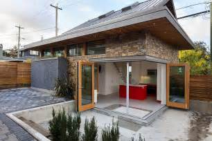 Efficient Small Home Plans by An Energy Efficient Contemporary Laneway House By Lanefab