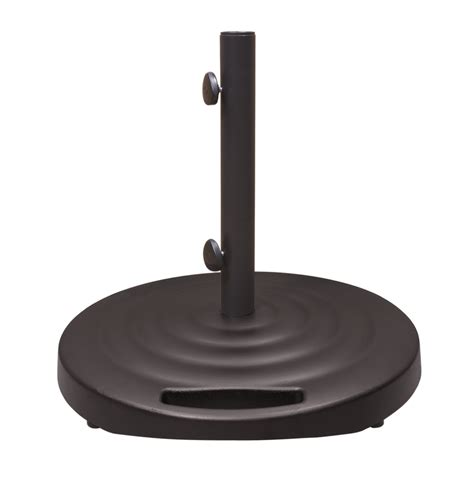 Hton Bay Patio Umbrella Base Patio Umbrella Base With Wheels Hton Bay 110 Lbs Patio Umbrella Base In Black Dumb 50