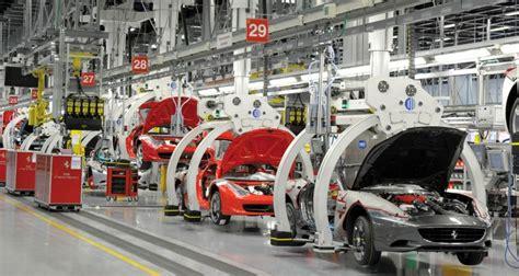 O Ferrari Srl by Dossier Italia Golfarelli Editore