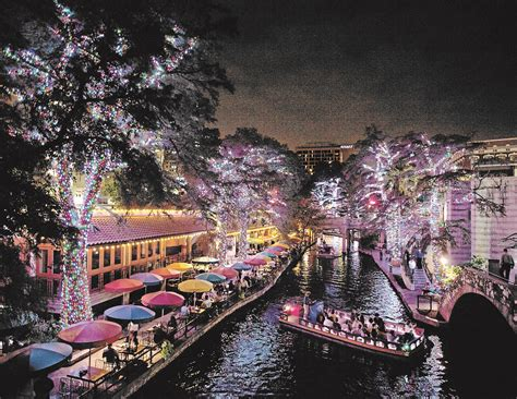 san antonio riverwalk christmas lights boat riverwalk christmas christmas cards
