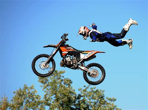 Motorradrennen Lizenz by Motorrad Jumps Bild Foto Bernhard Mohr Aus