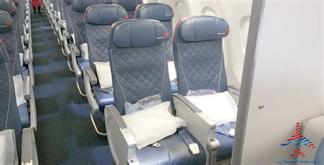 limited recline best seats in coach and comfort plus delta a330 200