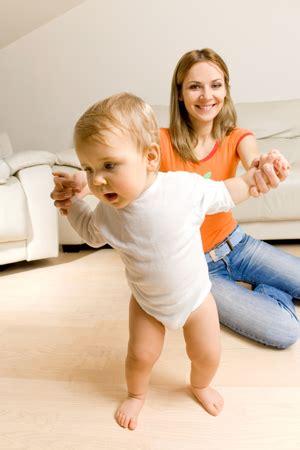 Laufen Lernen Wann Lernen Kinder Laufen Mami Papi