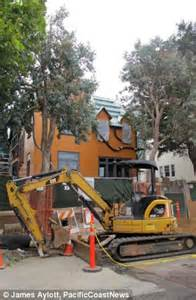 zuckerberg house san francisco mark zuckerberg s 10m facebook fortress noisy construction angers neighbours daily