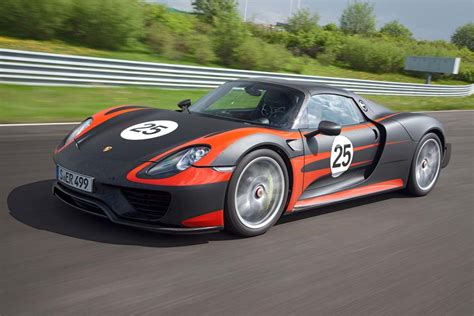 porsche supercar 918 porsche plugs in with 918 supercar thedetroitbureau com