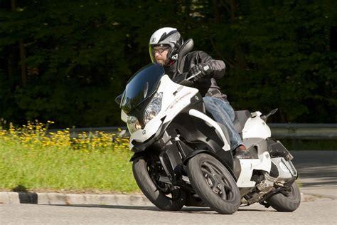Dreirad Motorrad H Ndler by Quadro Mit Rabatt Auf Dreirad Roller Magazin Von Auto De
