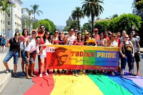 Usc Part Time Mba Cost by Trojans Show Their Support At La S 2014 Pride Parade Usc
