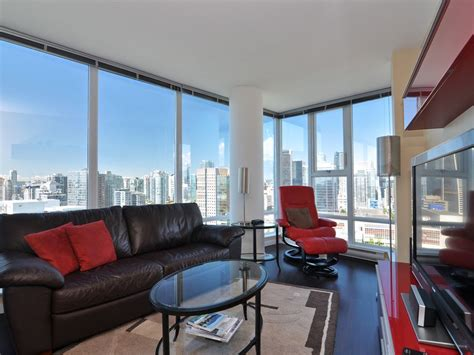 downtown vancouver 2 bedroom condo with vrbo