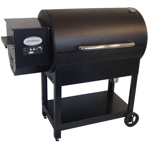 Louisiana Grills Country Smoker CS 570 Pellet Grill On Cart