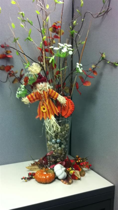 Fall Cubicle Decorating Ideas - simple but pretty fall decoration for my dull cubicle corner great diy projects pinterest