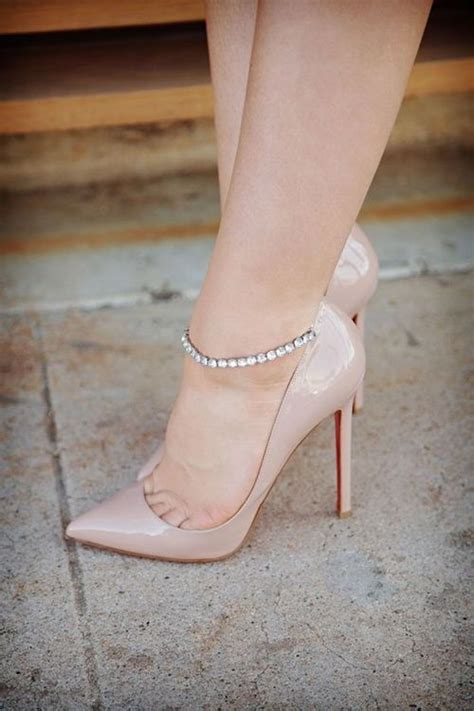 Pretty Anklets by 10 Pretty Anklet Styles For The Suave And Look
