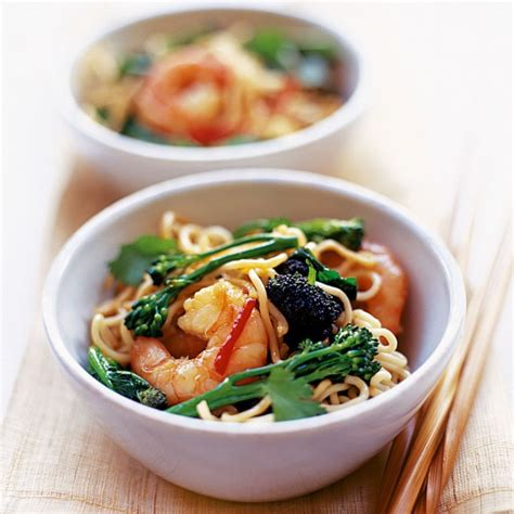 Detox Recipes Stir Fry by Detox Recipes Prawn And Noodle Stir Fry With Tenderstem