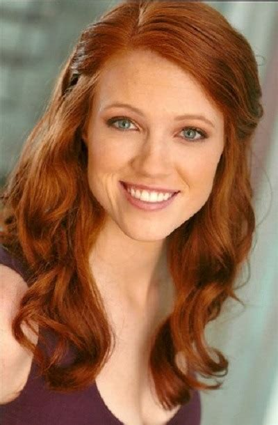 australian actress with red hair who is that hot ad girl
