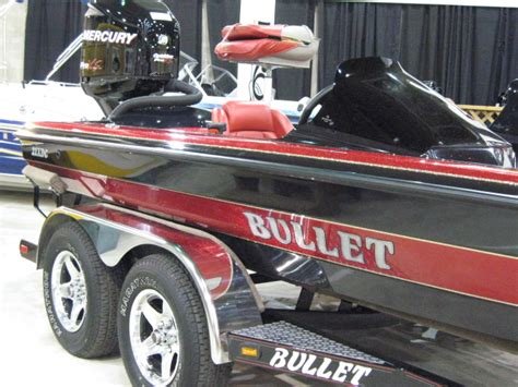 bullet boat graphics overview photos features payment calculator