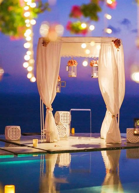 Wedding Ceremony Types by The Different Types Of Wedding Officiants Modwedding
