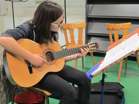 Mitu So Bayi musik kurse