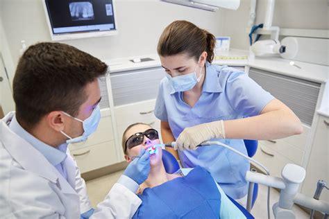 imagenes de cubetas odontologicas auxiliar de odontologia instituto rambla