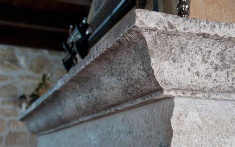 camino antico pietra particolare camino antico in pietra bocciardata e