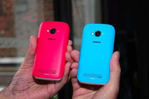 Hp Nokia Lumia 710 Terbaru info tech nokia lumia 710 versi murah lumia 800 fitur sedikit dipangkas