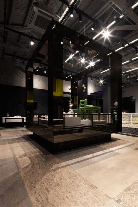 Kid Sangahai 07 gallery of museum of glass coordination asia 25