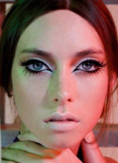 whats up with ann aldridge face les 25 meilleures id 233 es concernant maquillage ann 233 es 50