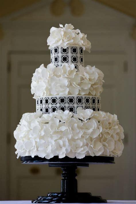Black And White Wedding Cake by Modern Black And White Wedding Cakes Bajan Wed