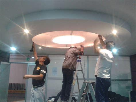 plafones decorativos de tablaroca techo  pantalla de acrilico  iluminacion de leds