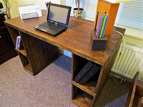 Handmade Computer Desk - pallet computer desks pallet wood projects