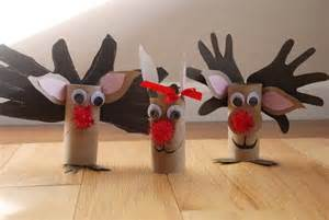 Reindeer crafts made with toilet paper rolls source