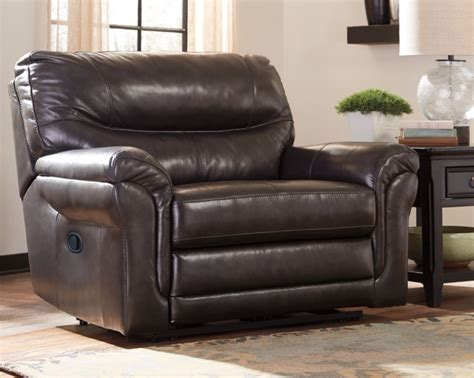 Furniture Homestores by How To Bring Home The Right Size Recliner