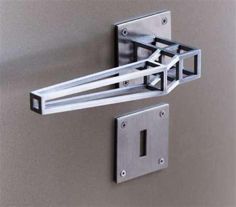minimalist linear latches door handle design