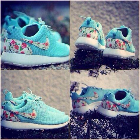 flower design jordans shoes flowers blue pretty nike nike roshe run nike