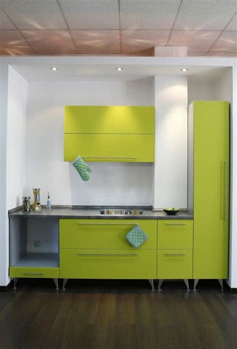 21 refreshing green kitchen design ideas godfather style 21 refreshing green kitchen design ideas godfather style