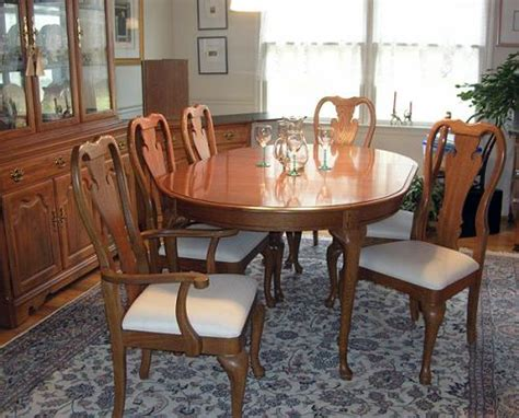 Thomasville Dining Room Furniture by Thomasville Dining Room Oak Table Chairs Server Cabinet Ebay