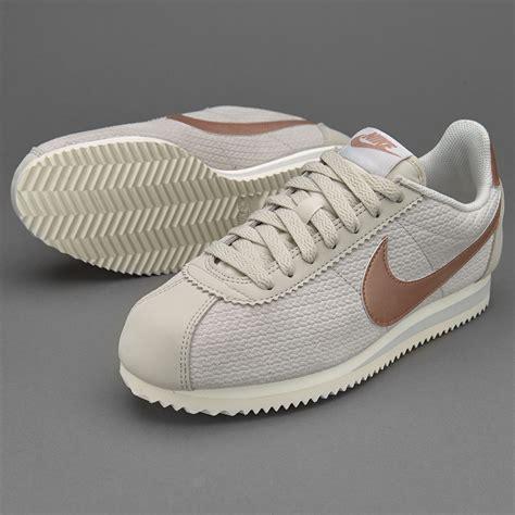 imagenes zapatos nike cortez womens shoes nike sportswear classic cortez leather lux