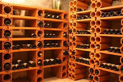 Fabriquer Une Cave A Vin 3750 by Construction De Votre Cave 224 Vin Au Pays Basque