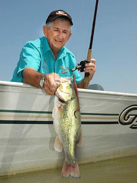 strategies  catch february bass  crappie