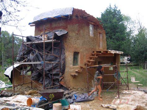 House Om Cob House 252 Earthen Acres