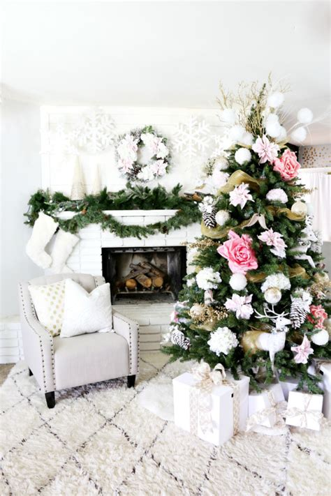 10 Tree Decoration Ideas by 10 Tree Decorating Ideas Book Design