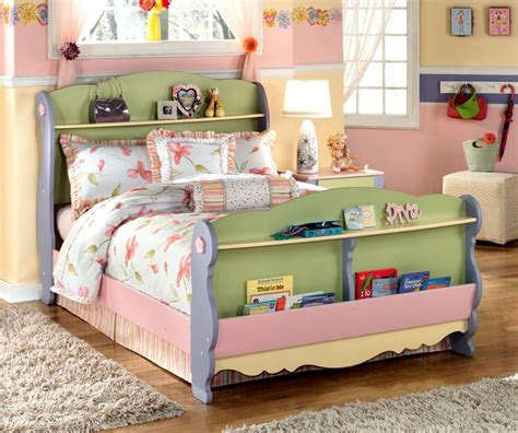 charming kids bed ideas with unique bookshelf headboard