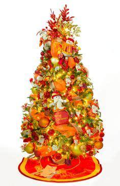 arbol d enavidad con colores naranjas m 225 s de 1000 im 225 genes sobre cambios que alegran tu navidad en navidad candyland y casa
